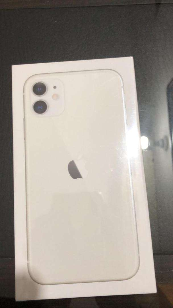 Iphone 11 64gb physical dual sim box pack non active